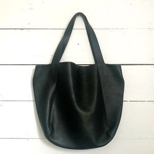 Authentic Coach Large Leather Shoulder Tote EUC